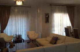 Modern 3 Bedroom House in the Tourist Area - 15