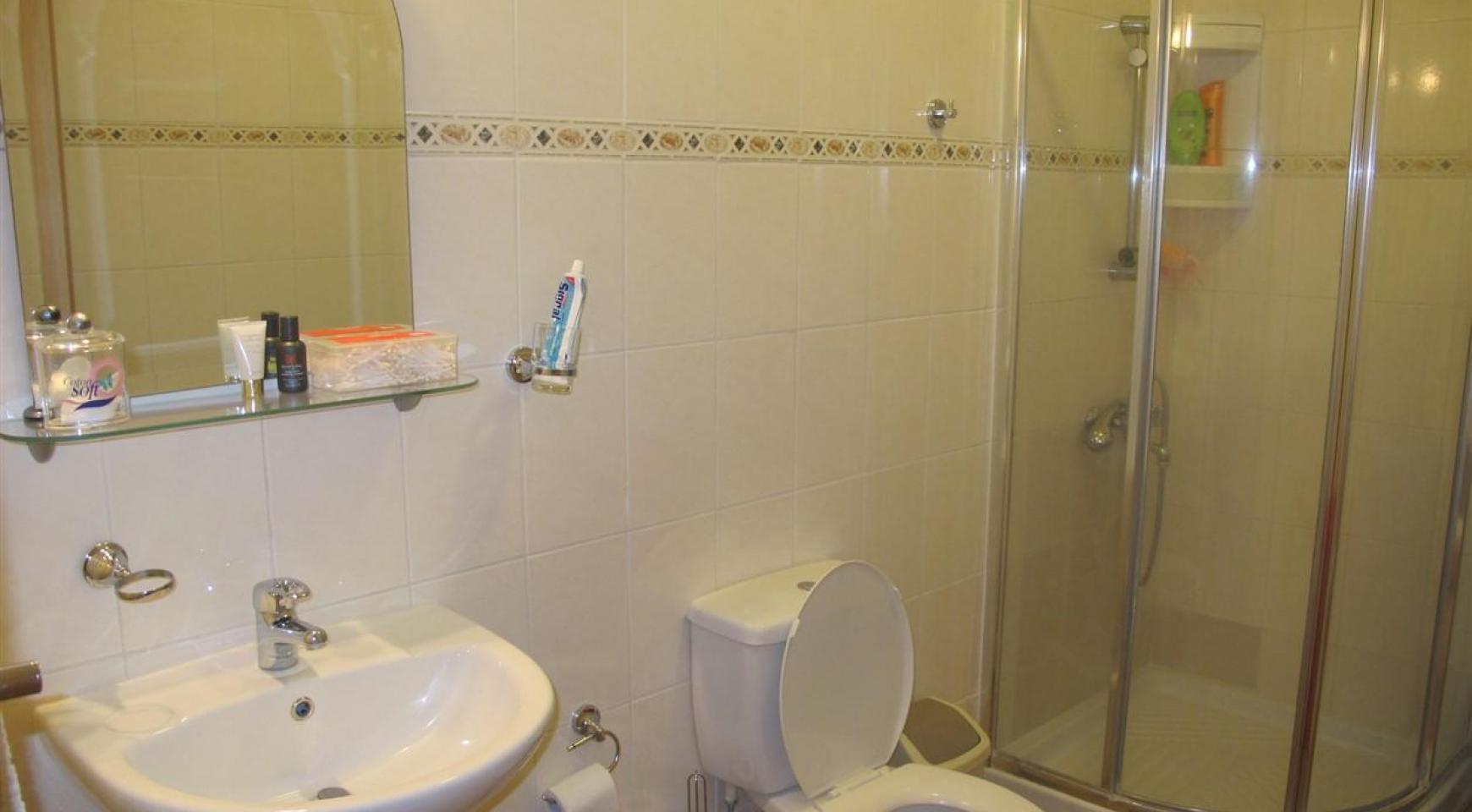 Spacious 5 Bedroom Villa in Potamos Germasogeia - 24