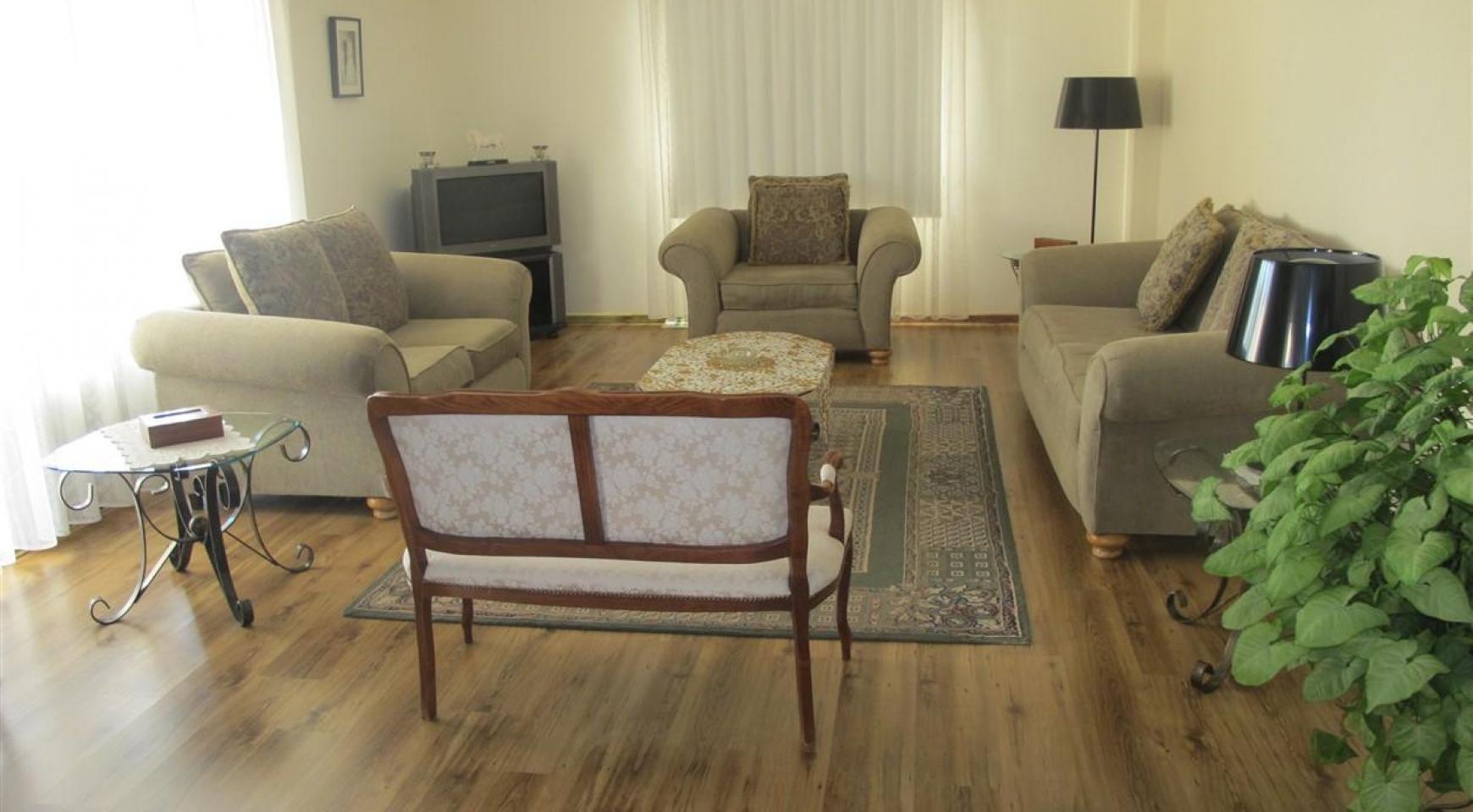 Spacious 5 Bedroom Villa in Potamos Germasogeia - 12