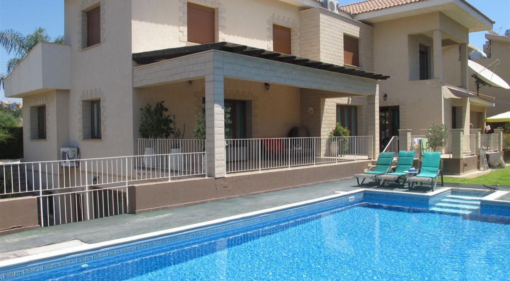 Spacious 5 Bedroom Villa in Potamos Germasogeia - 1