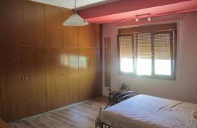 Spacious 5 Bedroom Villa in Potamos Germasogeia - 51