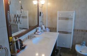 Spacious 5 Bedroom Villa in Potamos Germasogeia - 54
