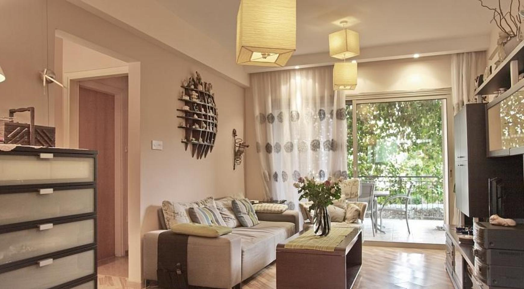 SPECIAL OFFER! 2 Bedroom Apartment with Private Garden - 1