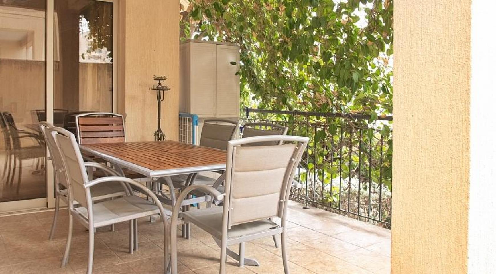 SPECIAL OFFER! 2 Bedroom Apartment with Private Garden - 3
