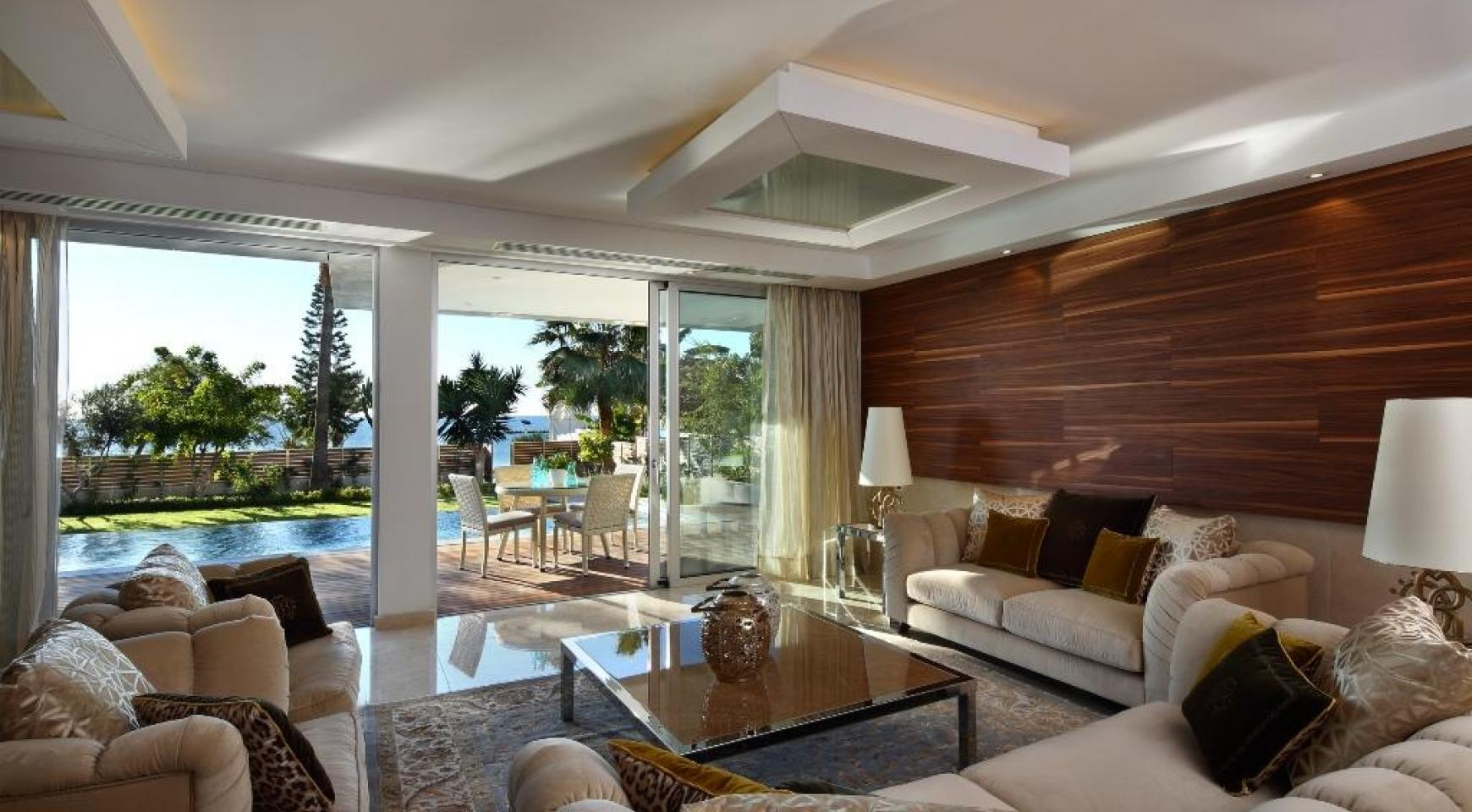 Exclusive 4 Bedroom Apartment with Sea Views - 4