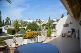 Spacious 3 Bedroom Apartment on the Seafront - 43