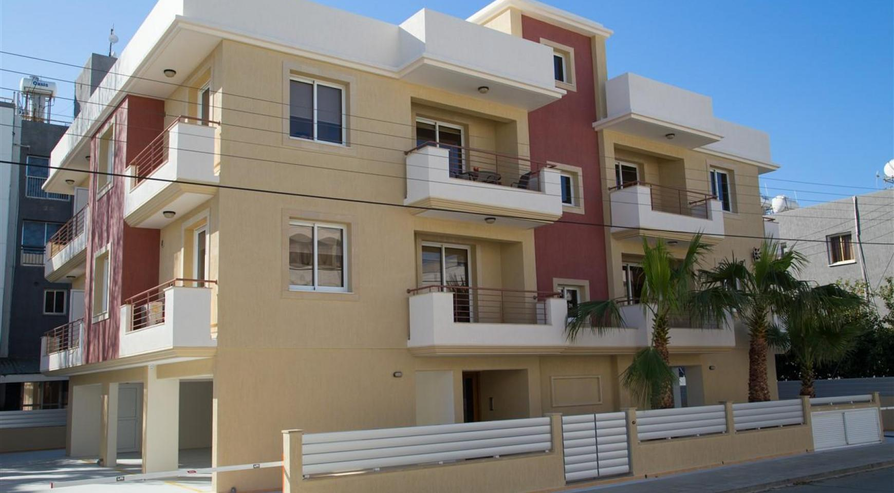 Great Investment Opportunity! Residential Building FRIDA COURT - 1