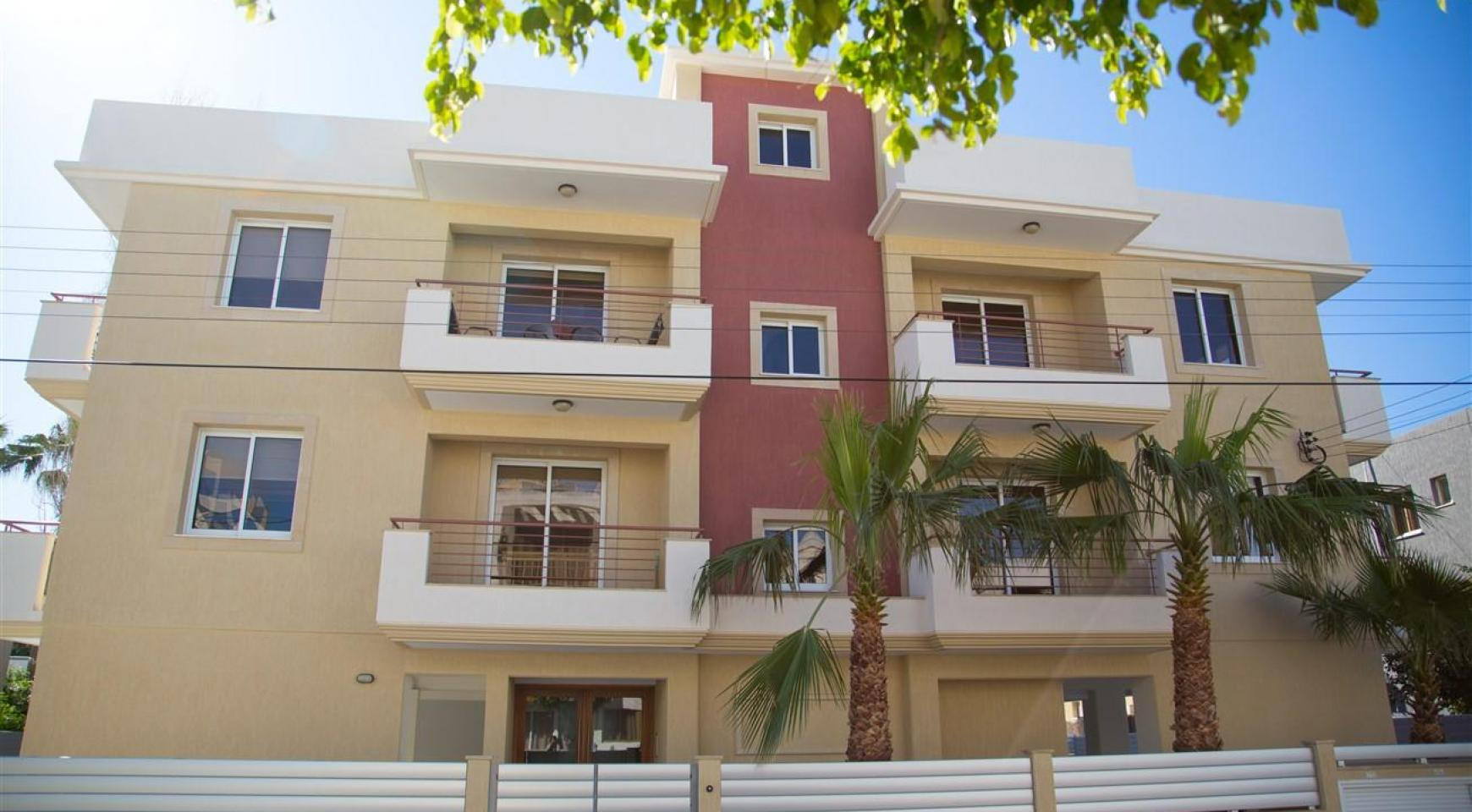 Great Investment Opportunity! Residential Building FRIDA COURT - 2