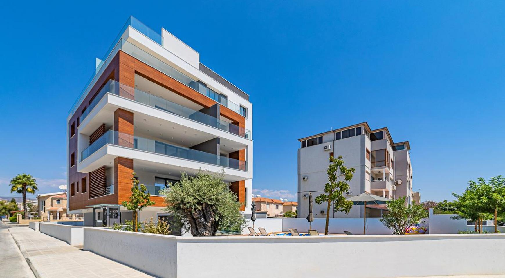 Malibu Residence. Modern One Bedroom Apartment 101 in Potamos Germasogeia - 39