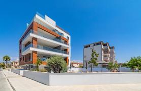 Malibu Residence. Modern One Bedroom Apartment 101 in Potamos Germasogeia - 111