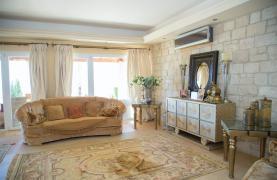Unique 5 Bedroom Villa with Breathtaking Sea Views - 40