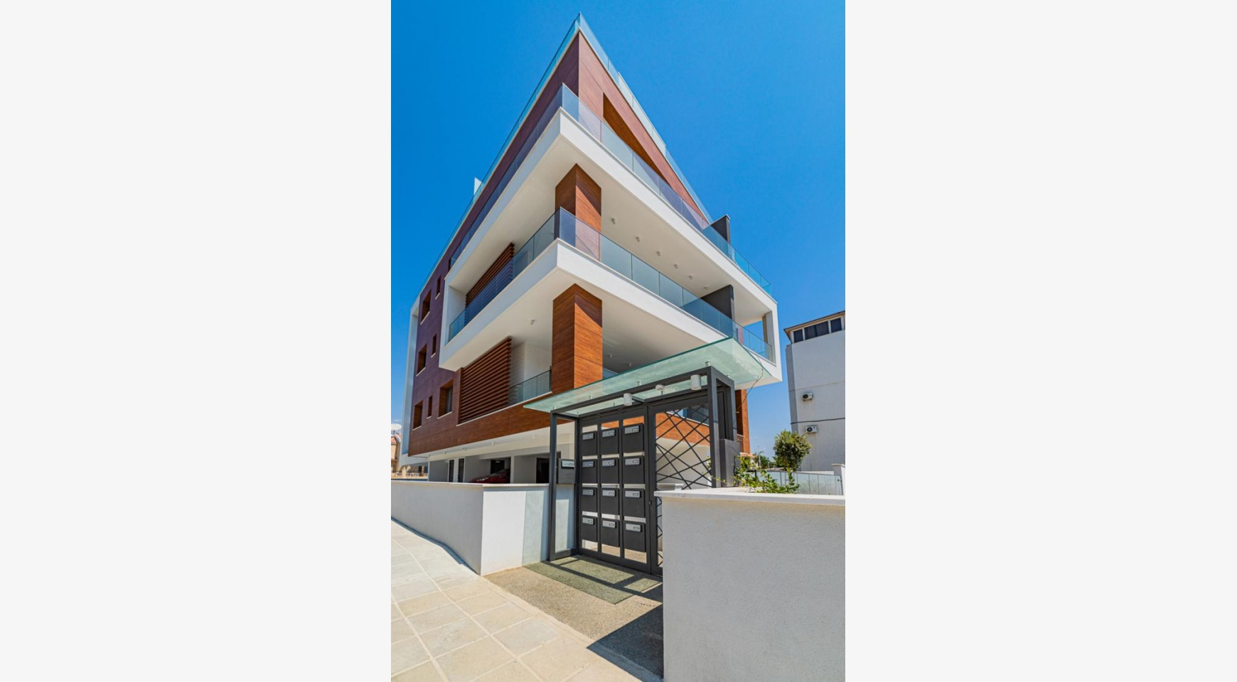 Malibu Residence. Luxury 3 Bedroom Penthouse 401 with Private Swimming Pool - 5