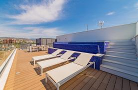 Malibu Residence. Luxury 3 Bedroom Penthouse 401 with Private Swimming Pool - 77