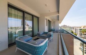 Malibu Residence. Luxury 3 Bedroom Penthouse 401 with Private Swimming Pool - 72