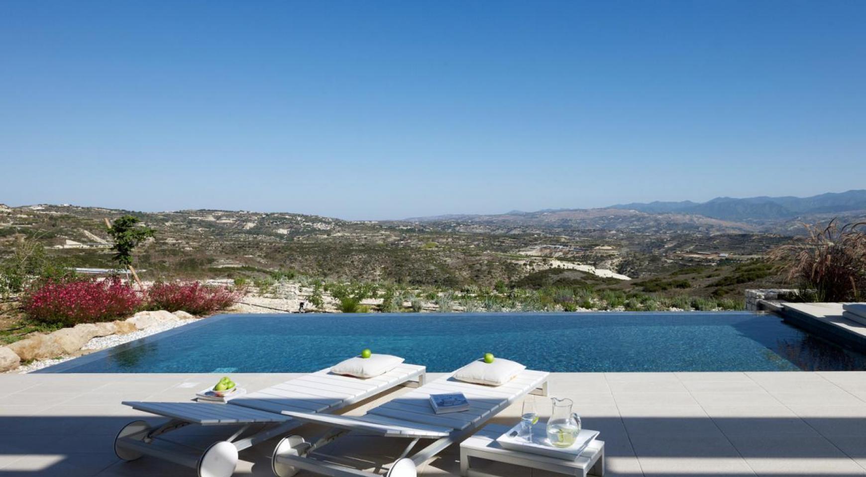 Golf Property - Exclusive 4 Bedroom Villa  - 9