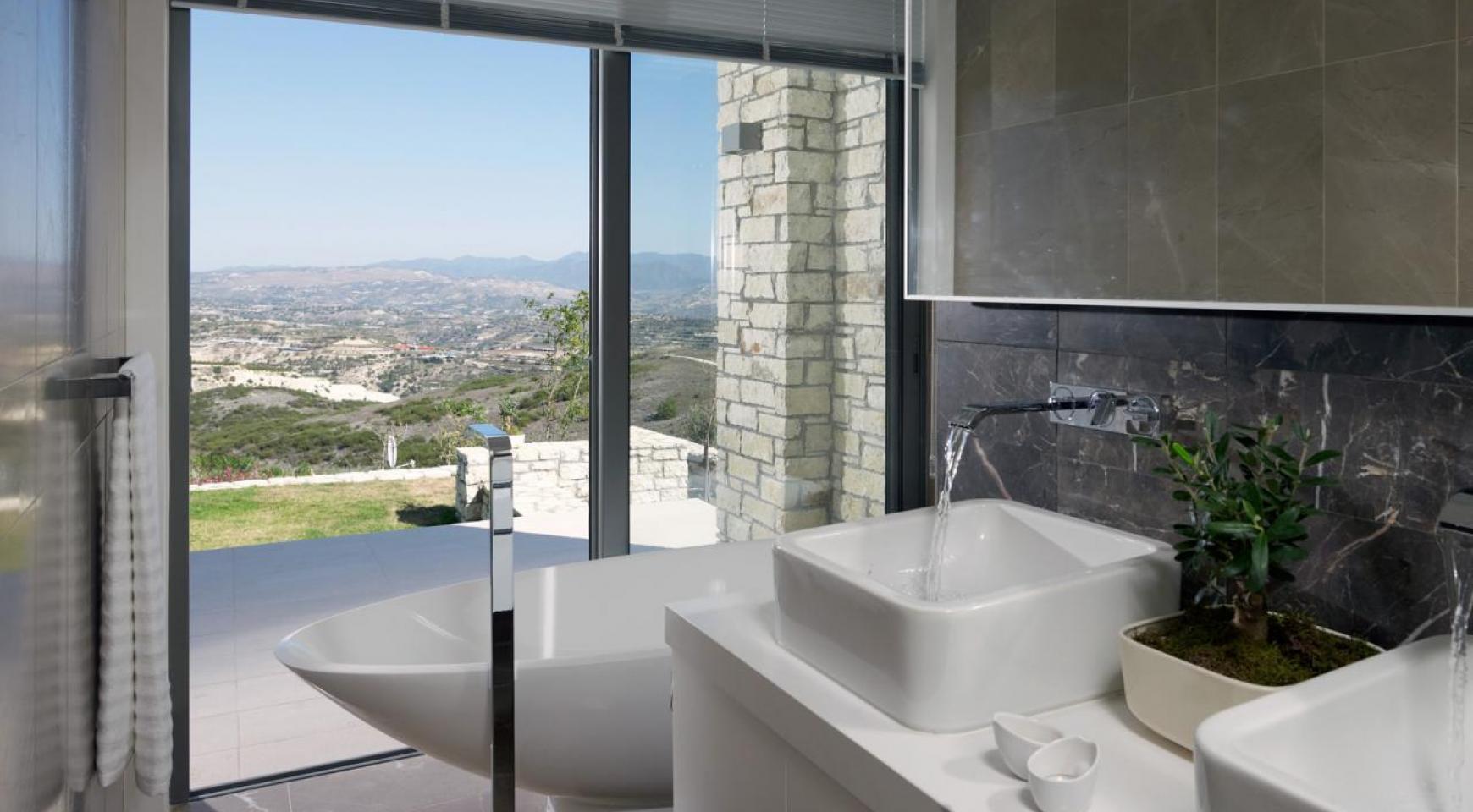 Golf Property - Exclusive 4 Bedroom Villa  - 24