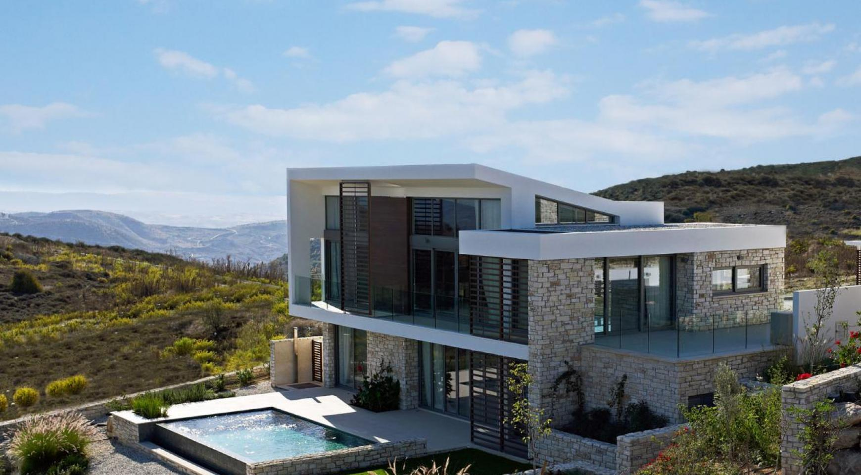 Golf Property - Exclusive 3 Bedroom Villa with Stunning Views - 8