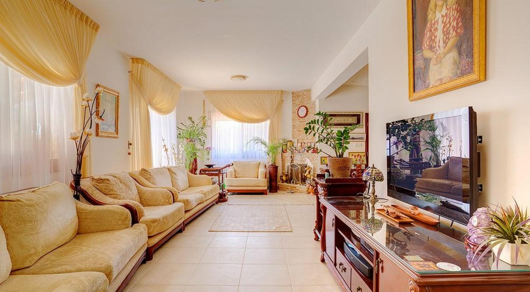 SPECIAL OFFER! Beautiful Spacious 3 Bedroom Villa in Souni  - 12