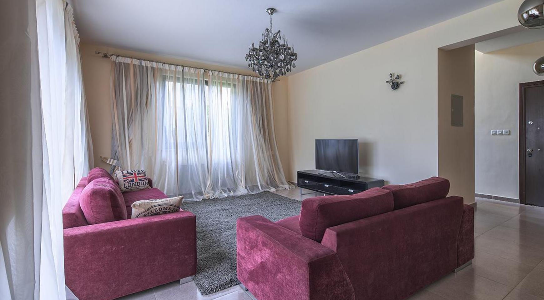 Luxury 4 Bedroom Villa near the Sea - 4