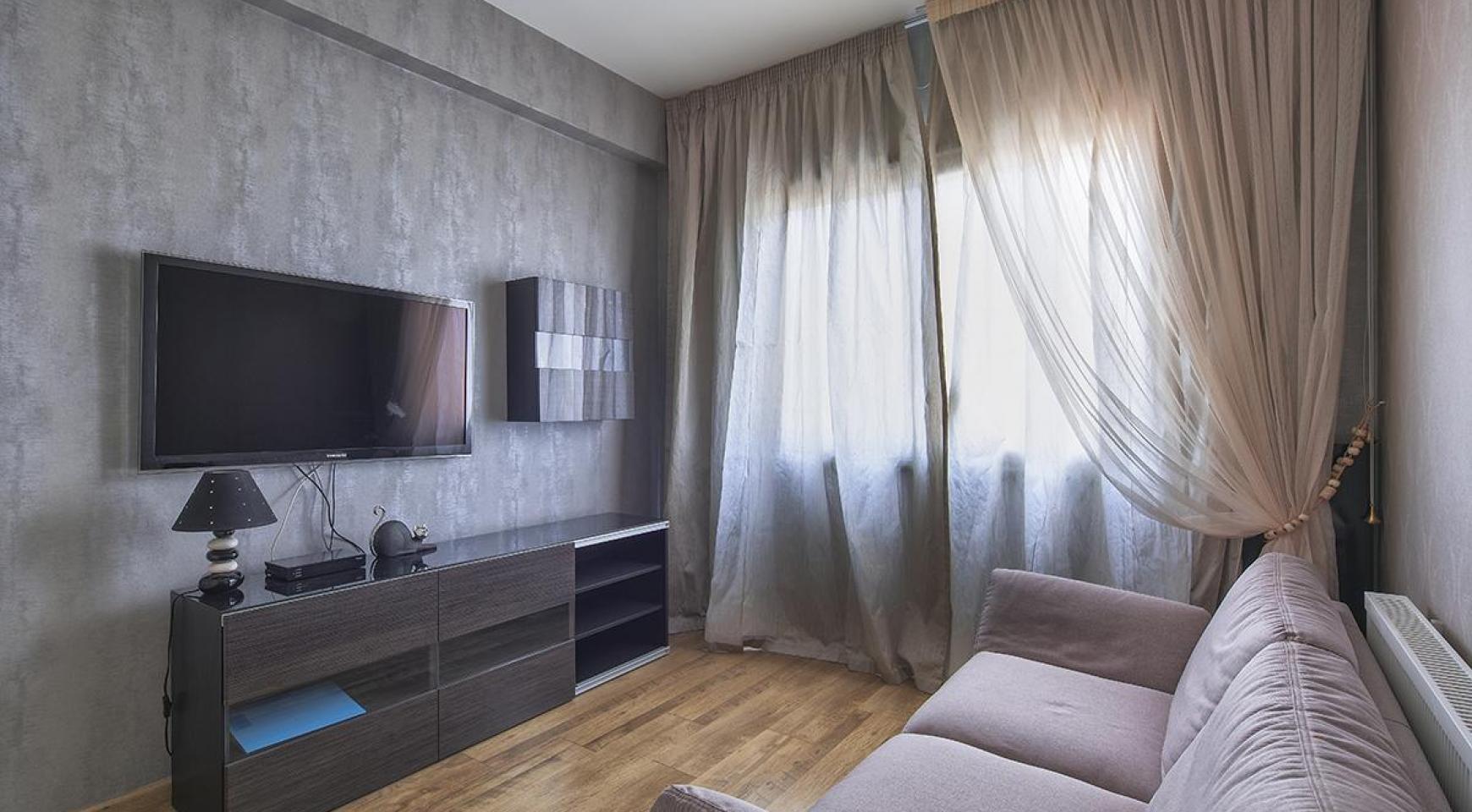 Luxury 4 Bedroom Villa near the Sea - 9