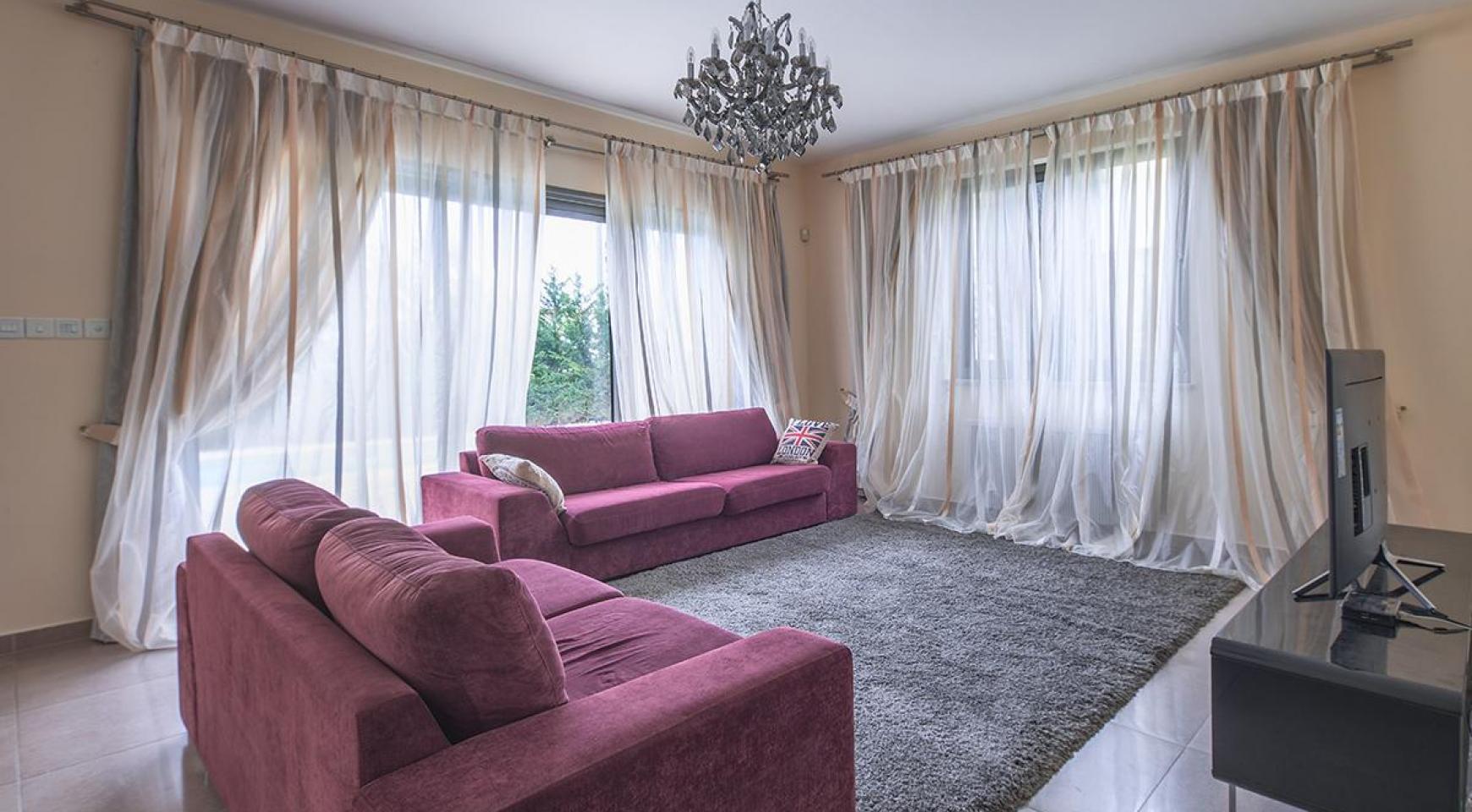 Luxury 4 Bedroom Villa near the Sea - 3