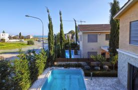 Luxury 4 Bedroom Villa near the Sea - 39