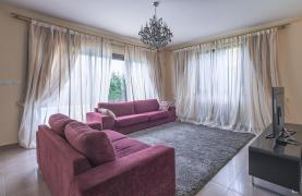 Luxury 4 Bedroom Villa near the Sea - 25