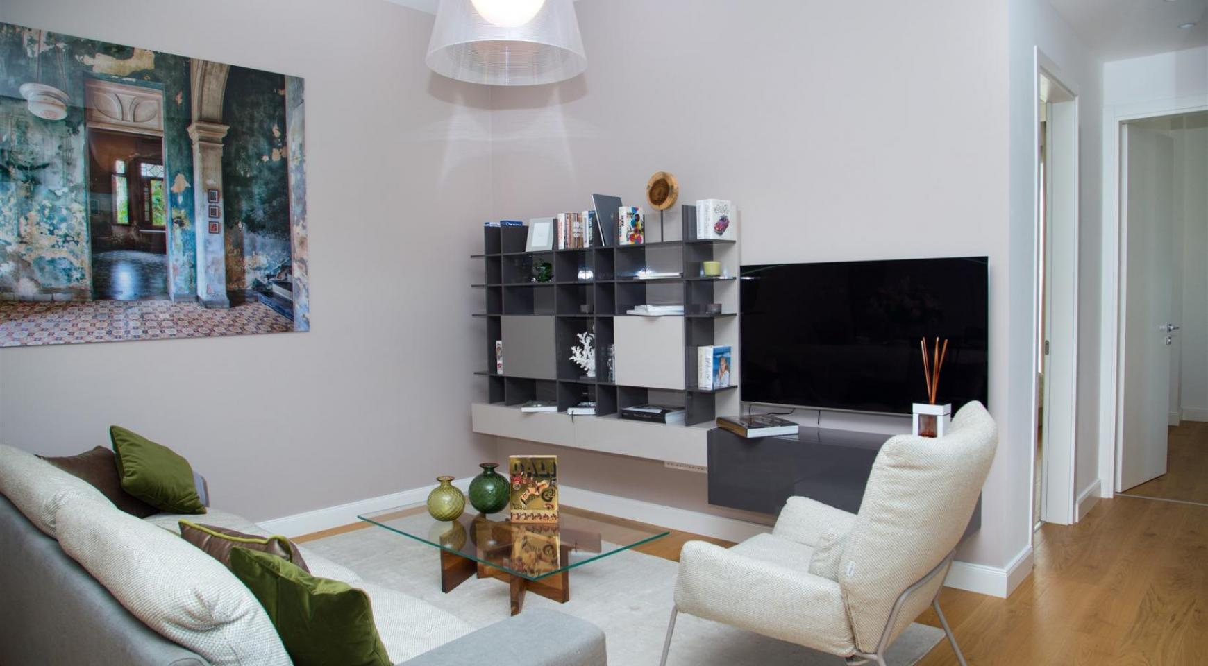 Malibu Residence. Modern One Bedroom Apartment 102 in the Tourist Area - 9