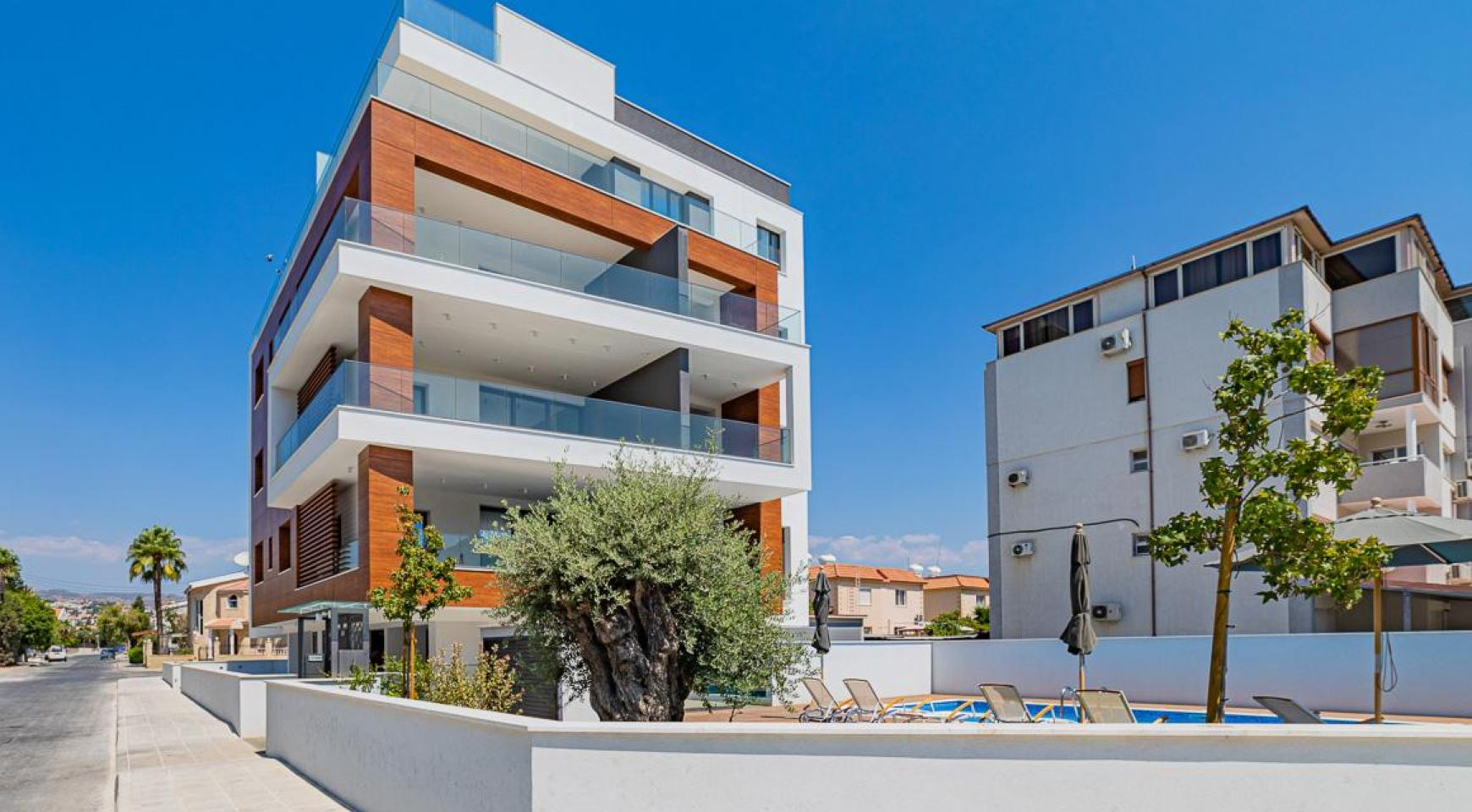 Malibu Residence. Modern 2 Bedroom Apartment 303 in Potamos Germasogeia - 4