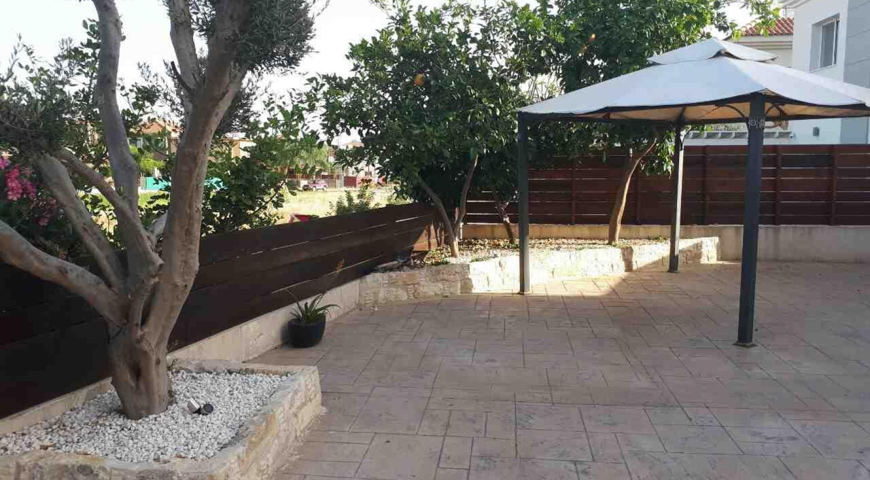 Spacious 3 Bedroom House in Kolossi - 6
