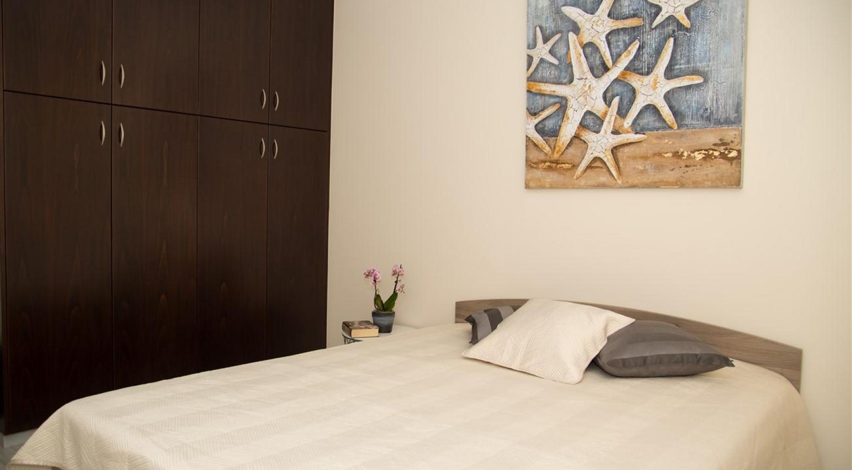 Luxury 2 Bedroom Apartment Frida 201 in the Tourist Area - 12