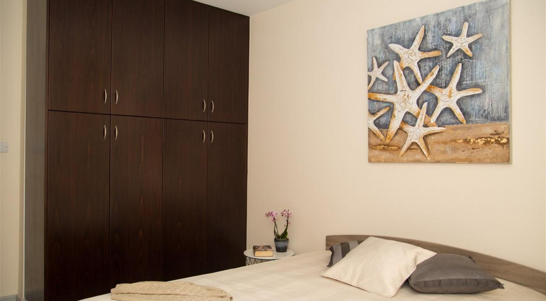 Luxury 2 Bedroom Apartment Frida 201 in the Tourist Area - 11