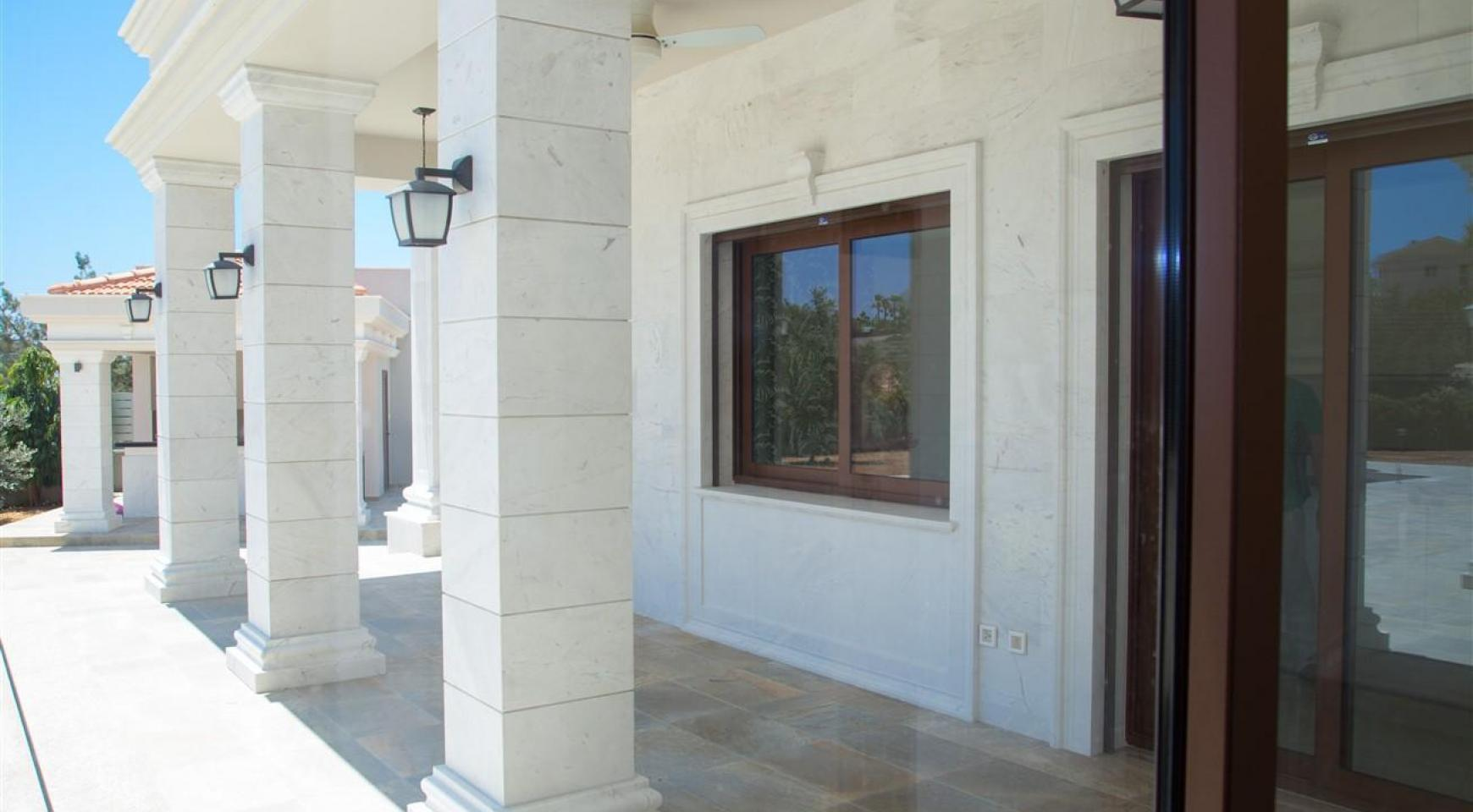 Exclusive 6 Bedroom Villa with Amazing Sea and Mountain Views - 36