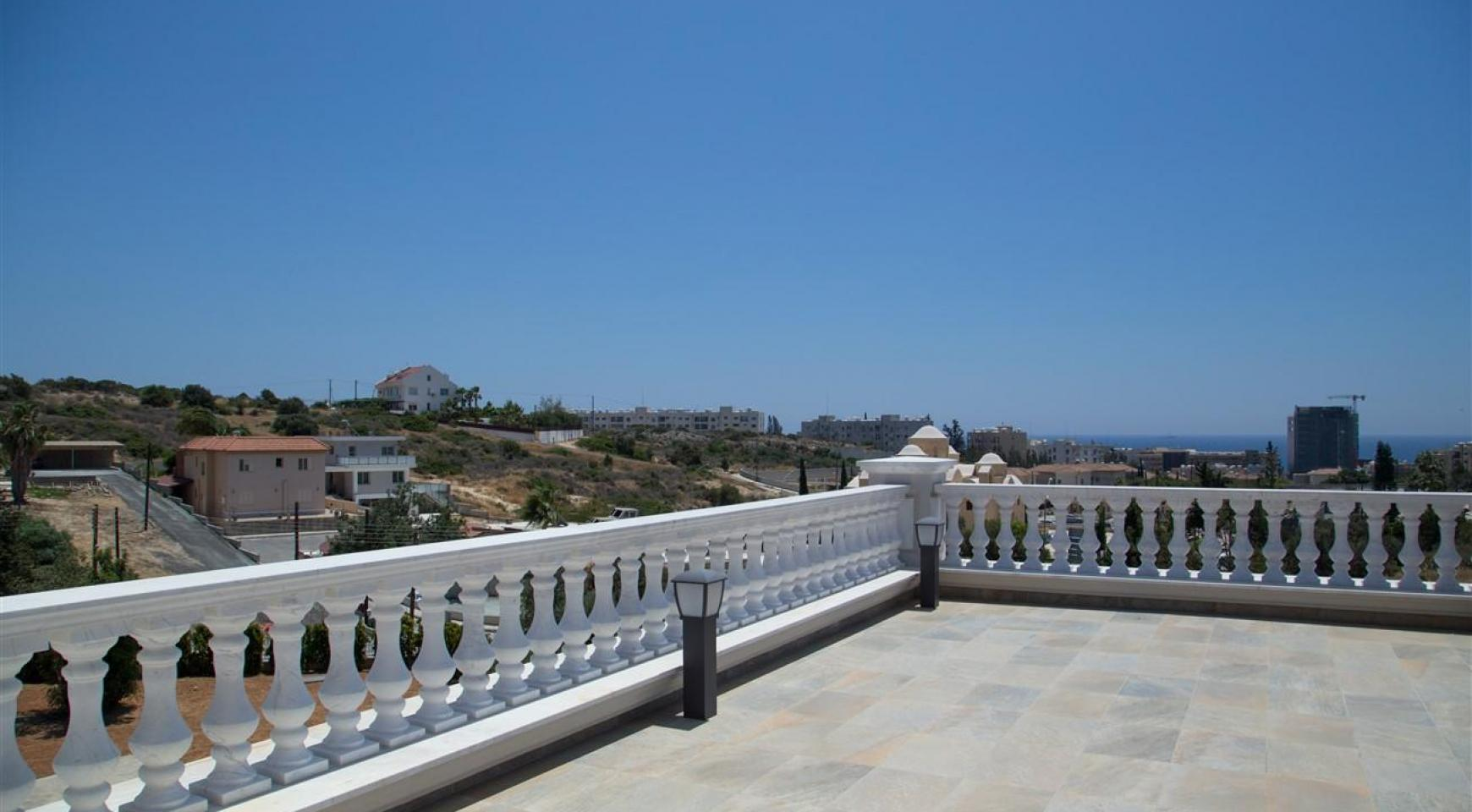 Exclusive 6 Bedroom Villa with Amazing Sea and Mountain Views - 44