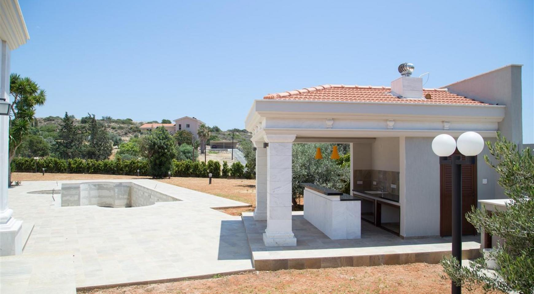 Exclusive 6 Bedroom Villa with Amazing Sea and Mountain Views - 54