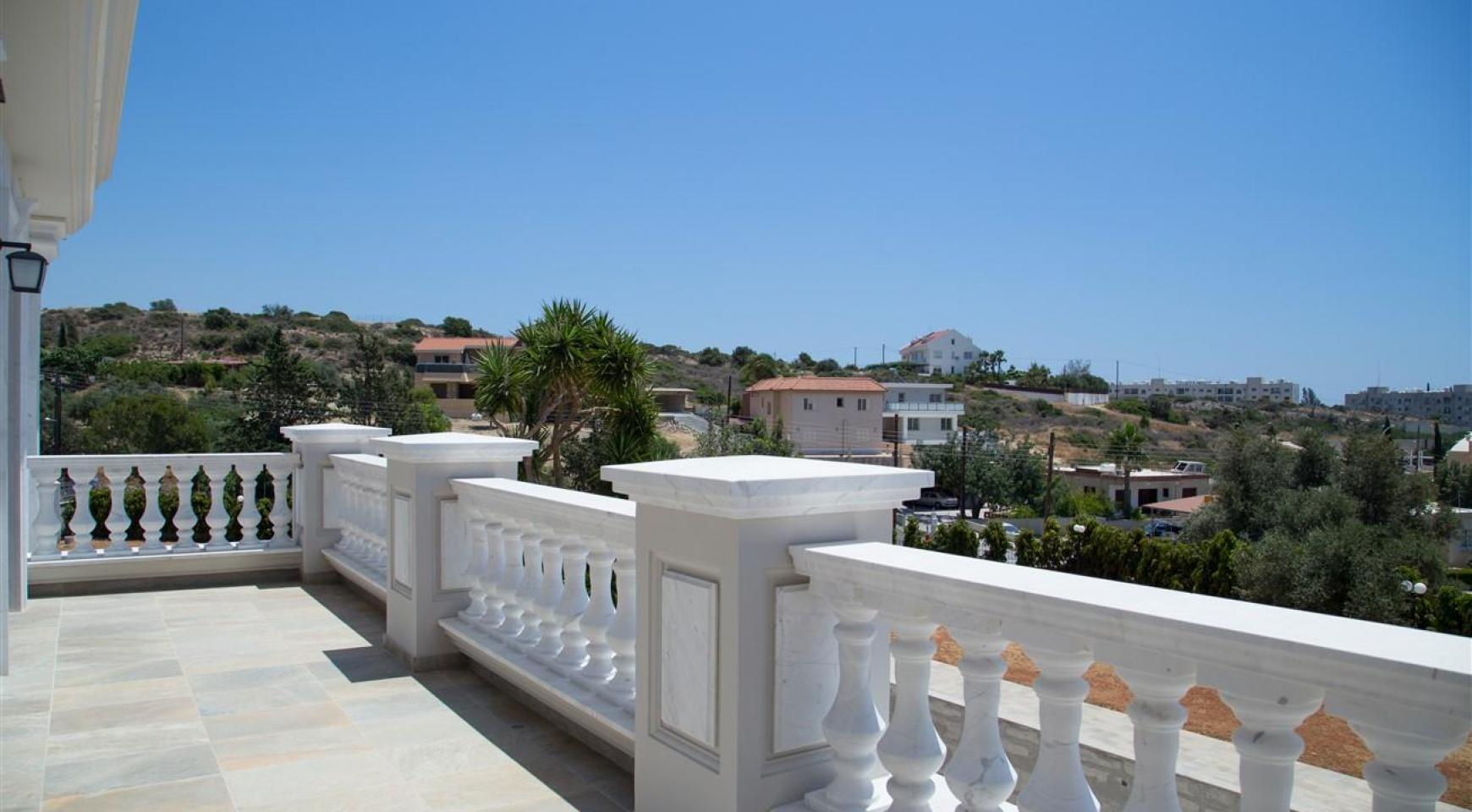 Exclusive 6 Bedroom Villa with Amazing Sea and Mountain Views - 41