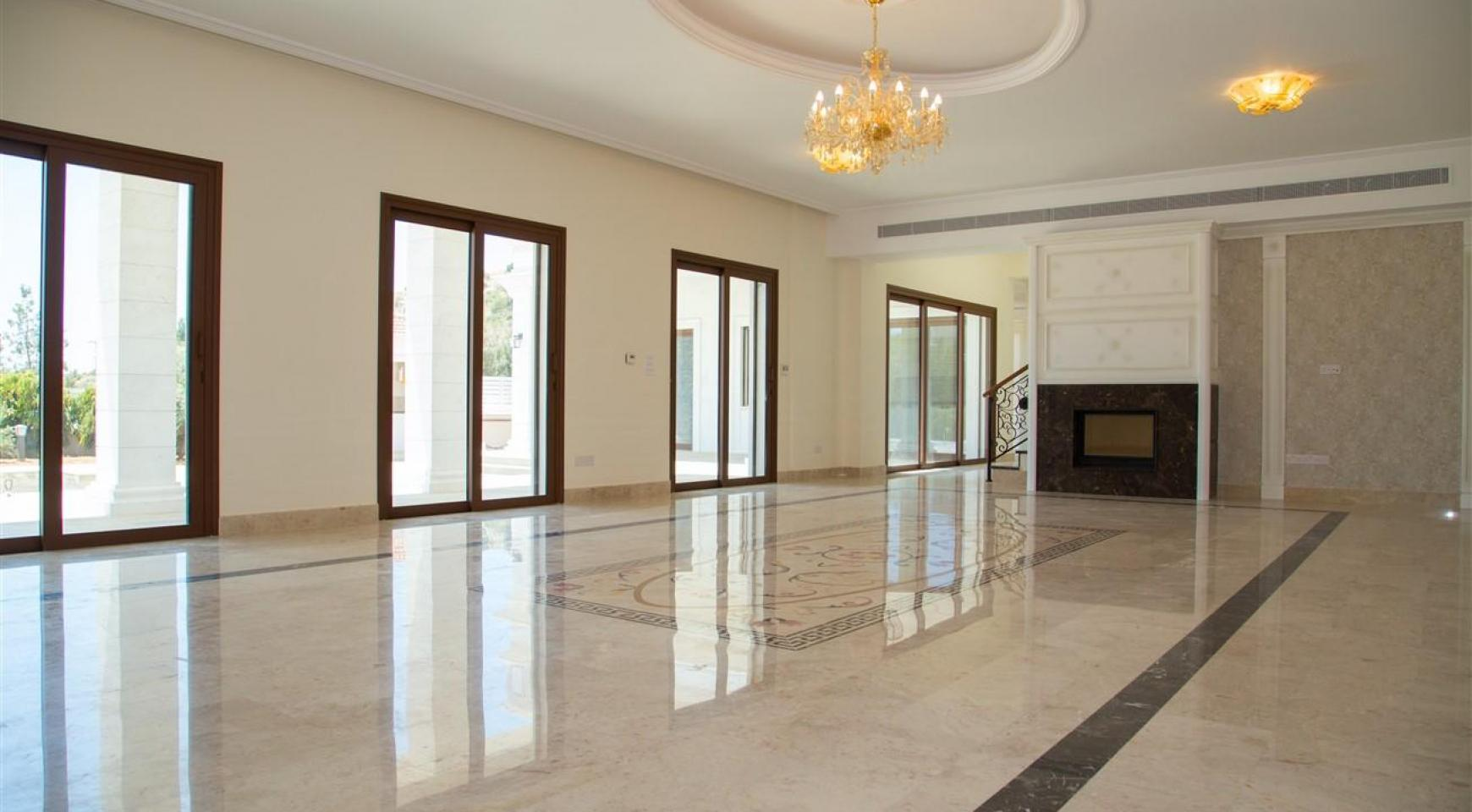 Exclusive 6 Bedroom Villa with Amazing Sea and Mountain Views - 5