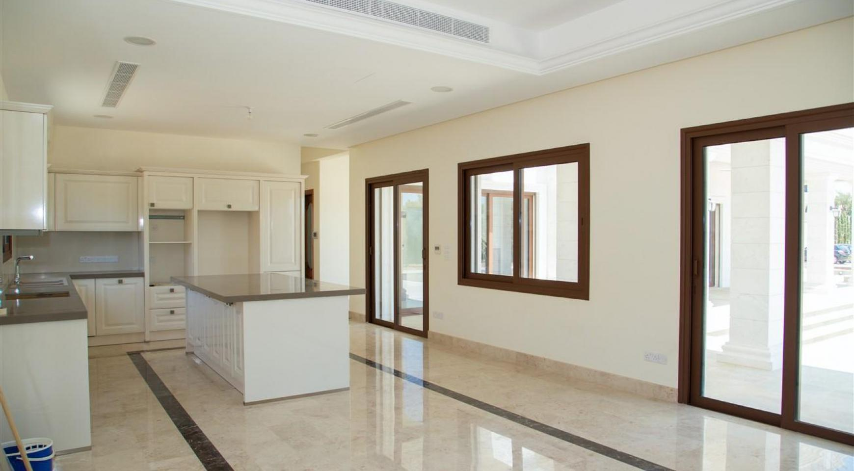 Exclusive 6 Bedroom Villa with Amazing Sea and Mountain Views - 8