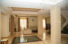 Luxurious 4 Bedroom Villa near the Sea - 51