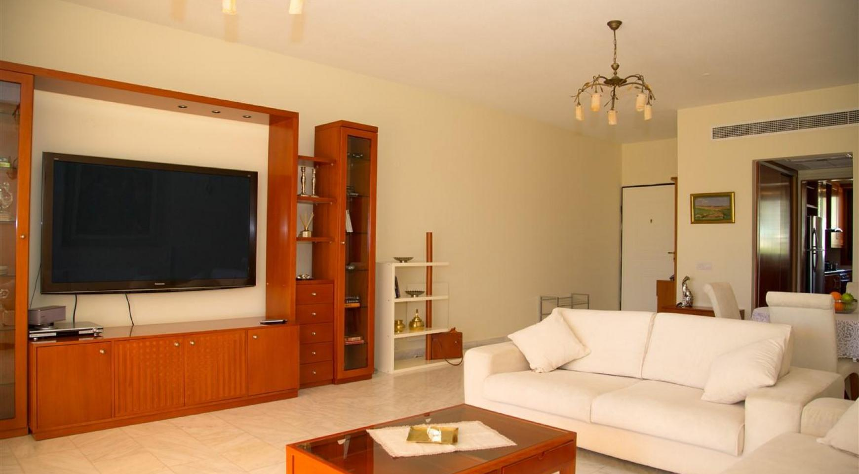 Luxury 3 Bedroom Apartment Thera 102 by the Sea - 34