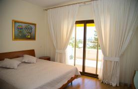 Luxury 3 Bedroom Apartment Thera 102 by the Sea - 54