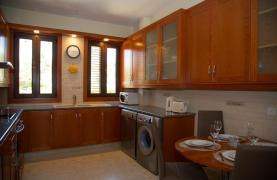 Cozy and Spacious 3 Bedroom Apartment Thera 102 by the Sea - 76