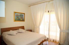 Cozy and Spacious 3 Bedroom Apartment Thera 102 by the Sea - 57