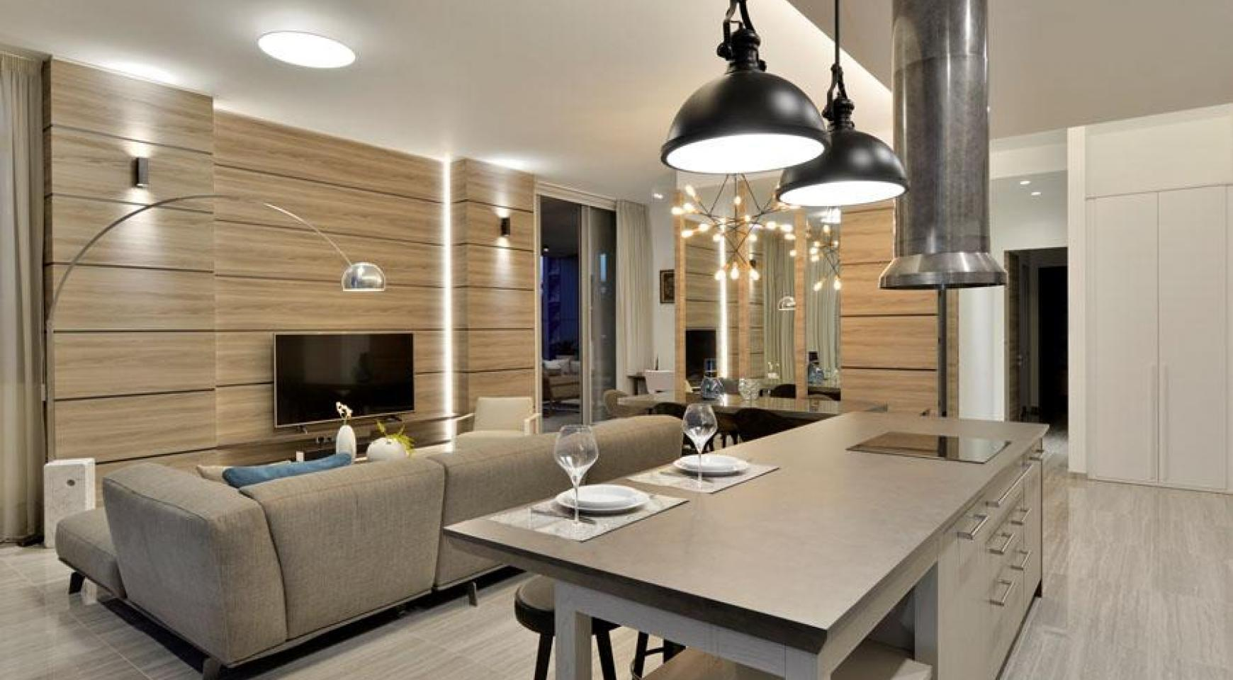 Luxurious 3 Bedroom Apartment within a New Complex near the Sea - 11