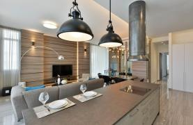 Luxurious 3 Bedroom Apartment within a New Complex near the Sea - 44