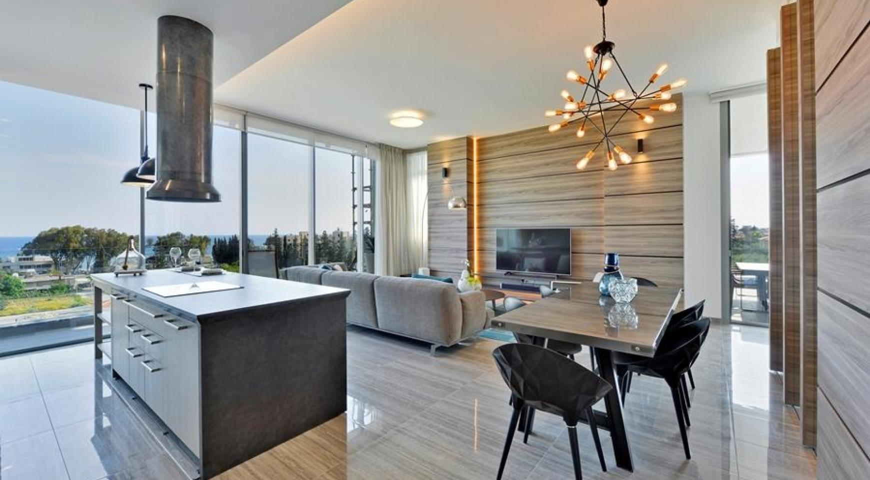 Luxurious Duplex Apartment with Private Roof Garden near the Sea - 6