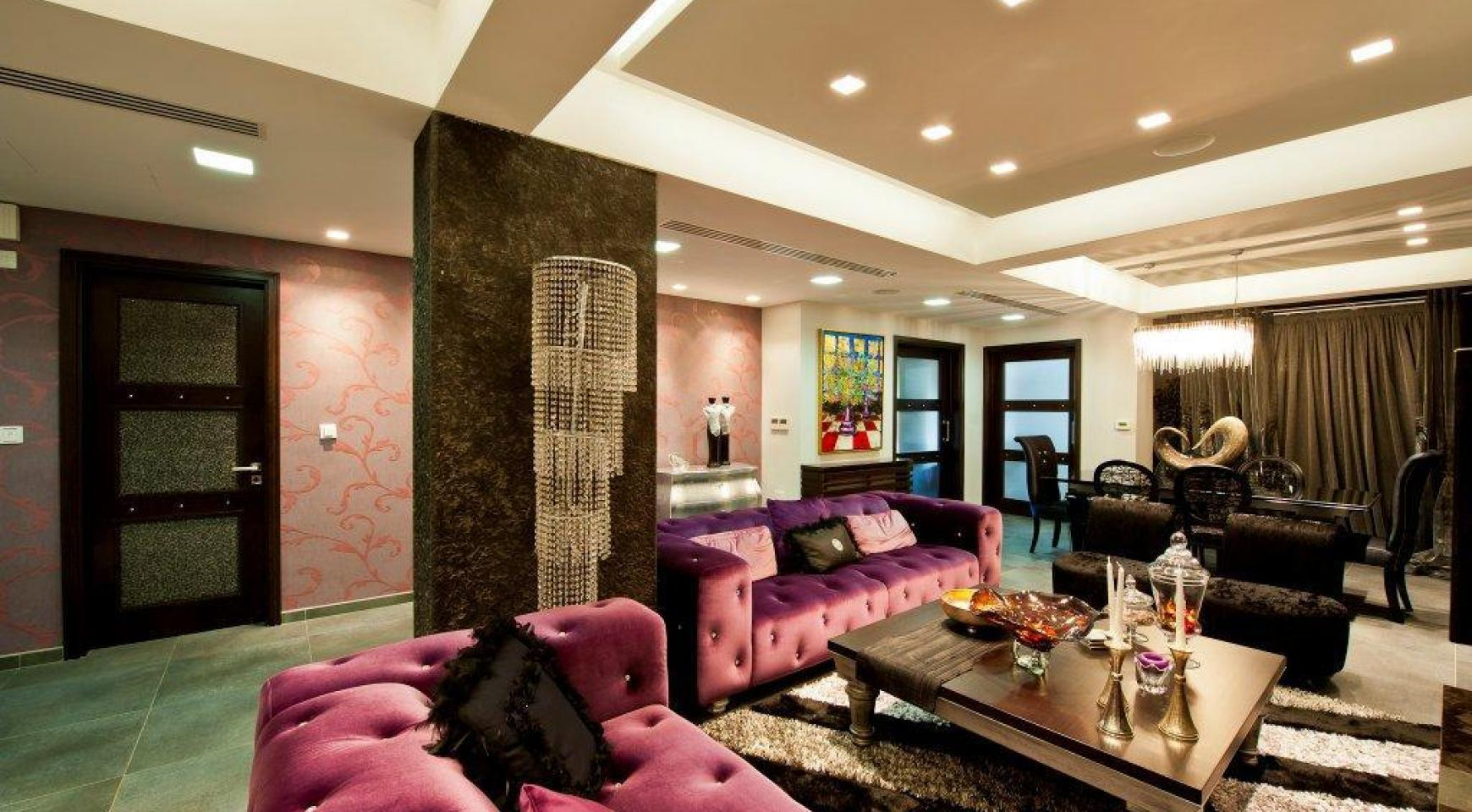 Exclusive 3 Bedroom Penthouse in the City Centre - 3