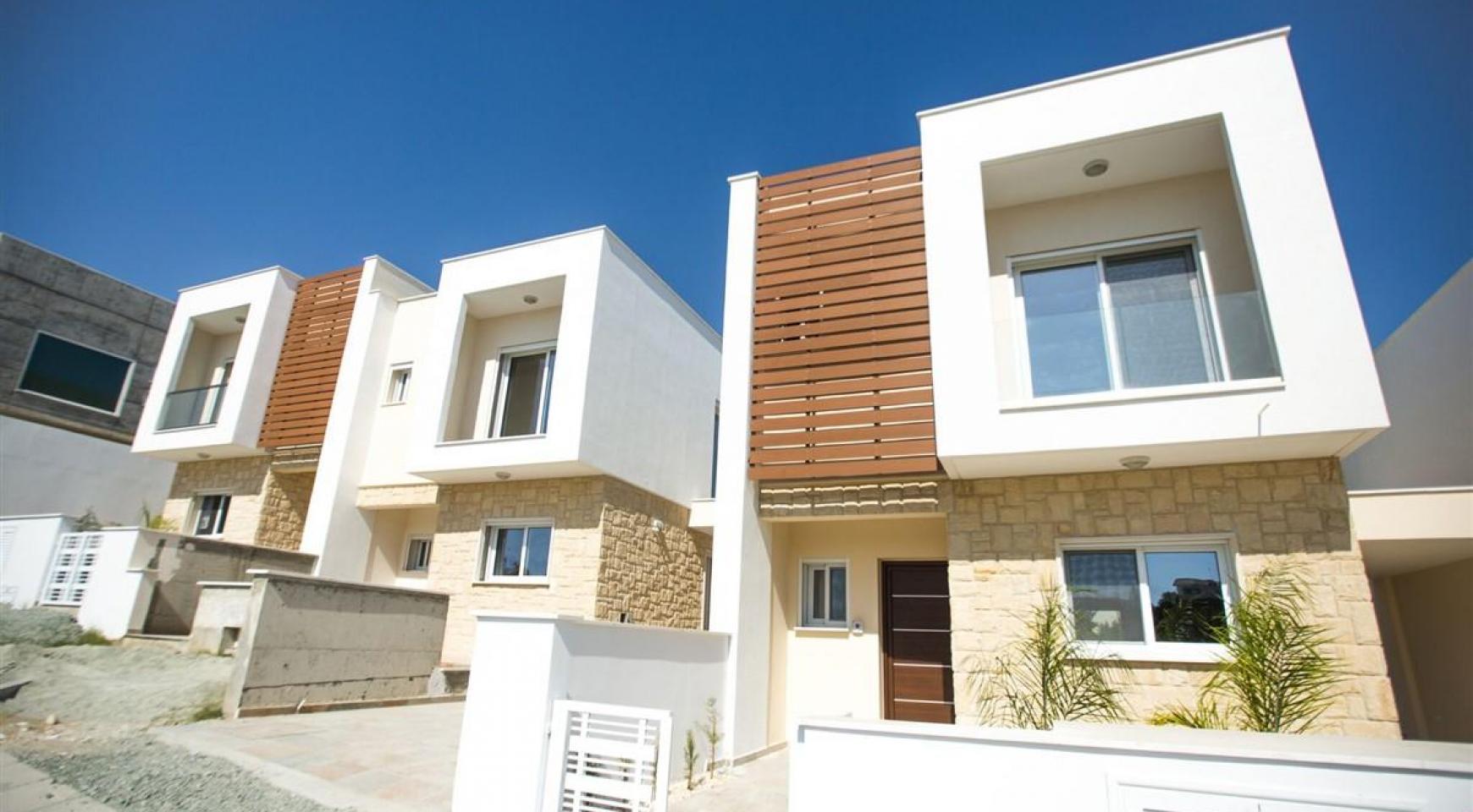Modern 3 Bedroom Villa with Sea Views in Mouttagiaka Area - 10