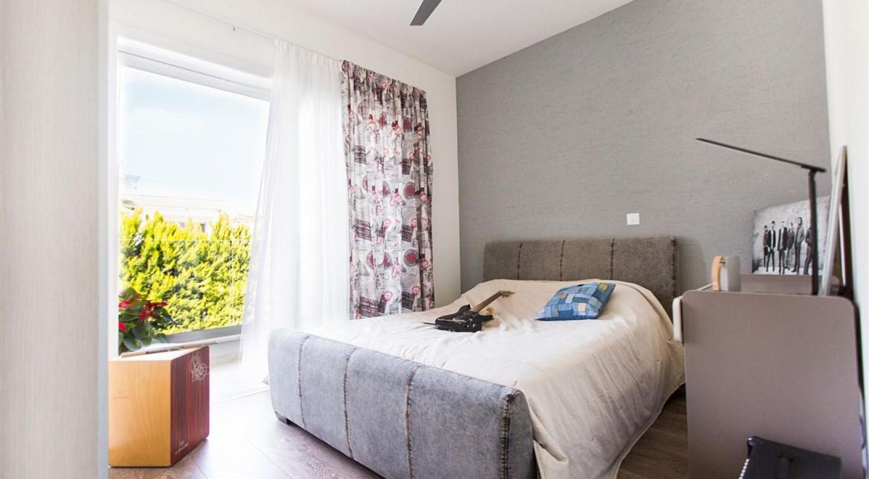 Modern 3 Bedroom Villa with Sea Views in Mouttagiaka Area - 23