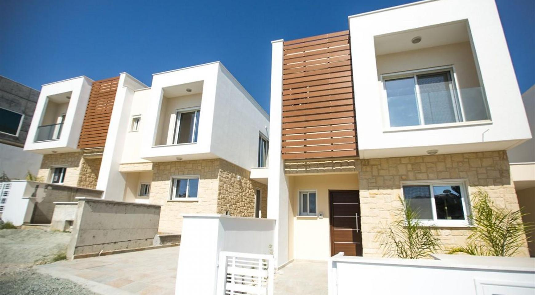 Modern 3 Bedroom Villa with Sea Views in Mouttagiaka Area - 8